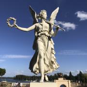 Schwerin, Statue im Schweriner Burggarten