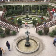 Im Schweriner Burggarten