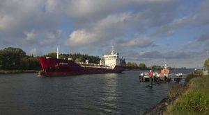 Nord-Ostsee-Kanal an der Lotsenstation Rüsterbergen