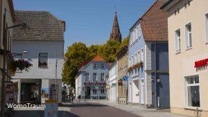 Ueckermünde, die Altstadt lädt zum Bummeln ein. Marien Kirche
